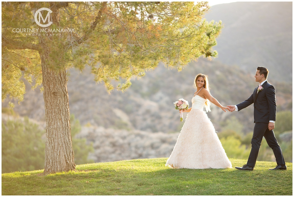 The best wedding timeline for a fall wedding by Temecula wedding photographer Courtney McManaway Photography